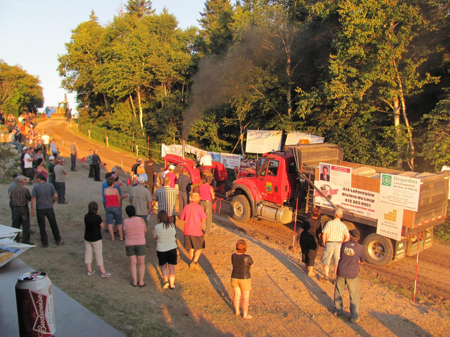 Tire de tracteurs 1